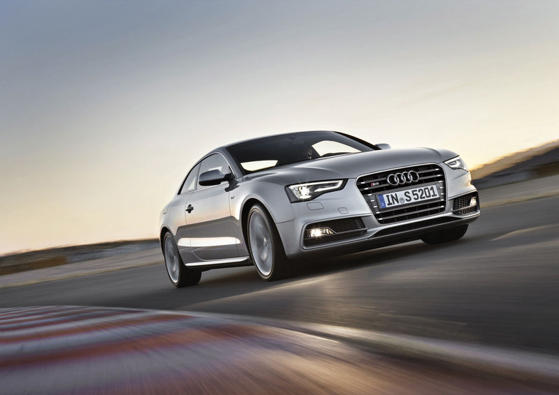 2011-audi-s5-coupe_1