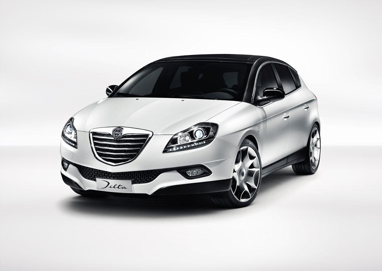 2011-lancia-delta-facelift_1