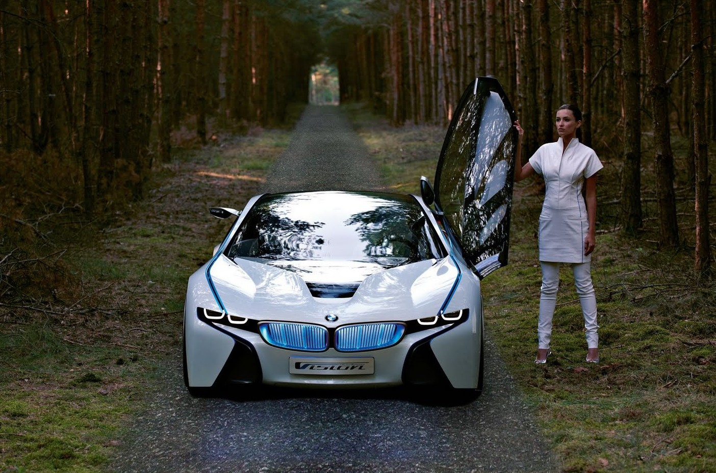 BMW-i8-Luxury-Car