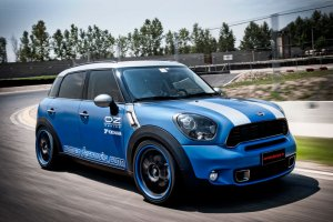 mini countryman 150th