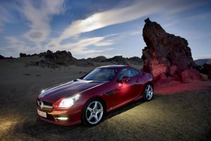 Thumbnail image for 2012 Mercedes SLK55 AMG Gets New V8 Avoiding Turbo