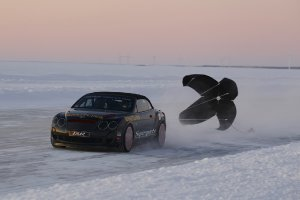 bentley-continental-supersports-ice-speed-record