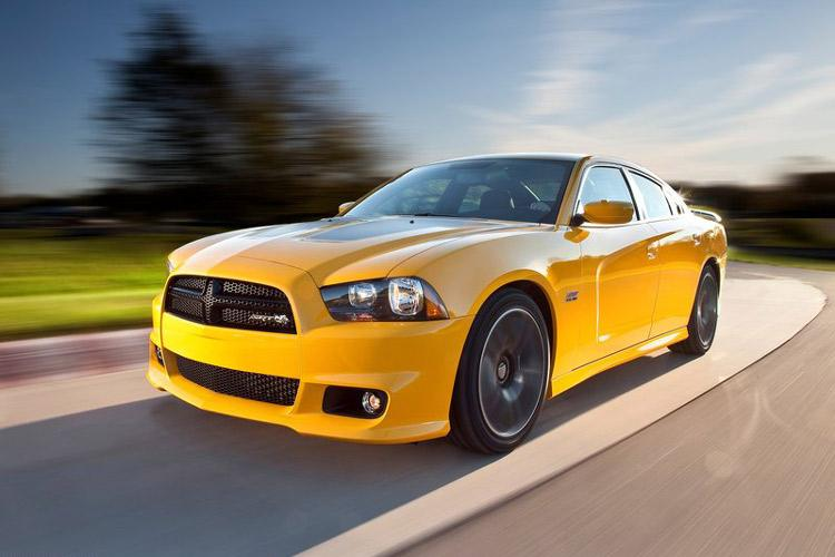2012_dodge_charger_super_bee-2