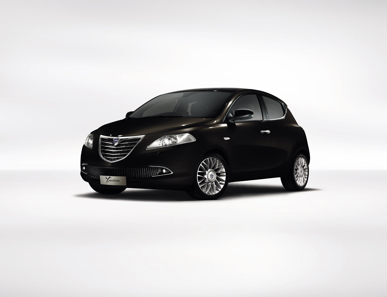 lancia-new-ypsilon_1