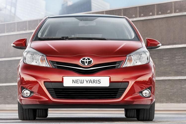 2011-toyota-yaris-new-pictures_02