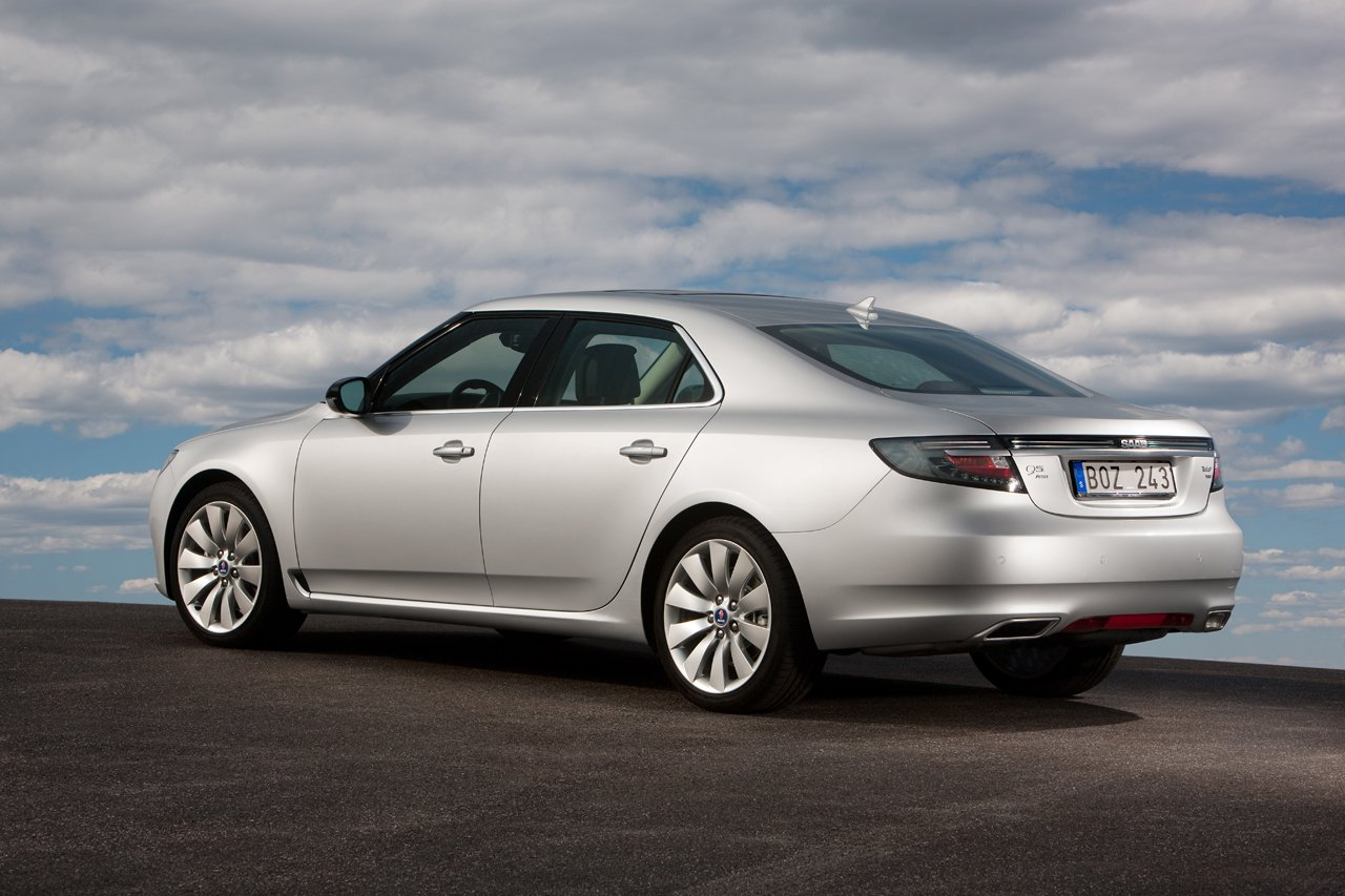 saab 9 5 sportcombi wagon first official photo. Black Bedroom Furniture Sets. Home Design Ideas